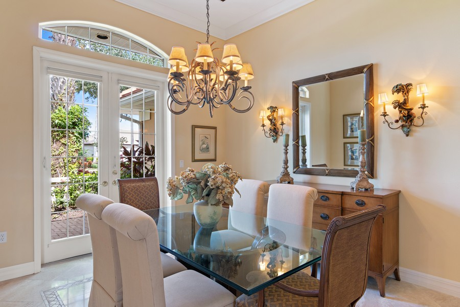 Real Estate Photography - 6618 The Masters Ave, Lakewood Ranch, FL, 34202 - Dining Room