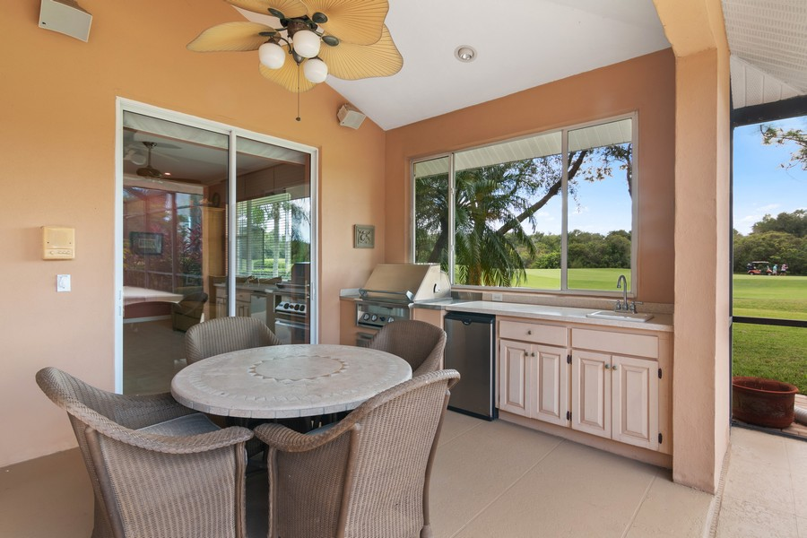 Real Estate Photography - 6618 The Masters Ave, Lakewood Ranch, FL, 34202 - Patio
