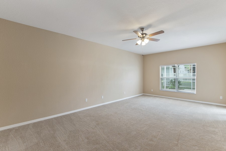 Real Estate Photography - 9945 MOUNTAIN LAKE DRIVE, ORLANDO, FL, 32832 - MASTER RETREAT