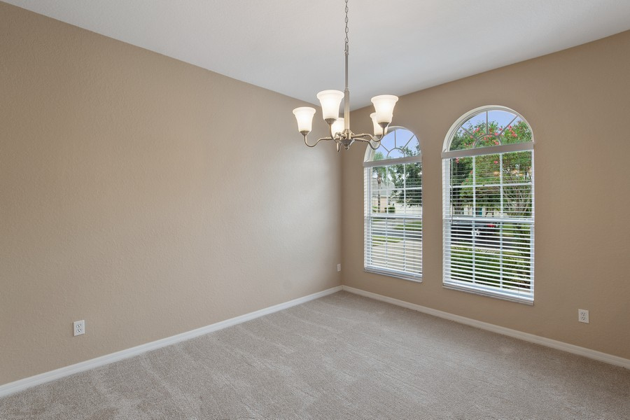 Real Estate Photography - 9945 MOUNTAIN LAKE DRIVE, ORLANDO, FL, 32832 - FORMAL DINING ROOM