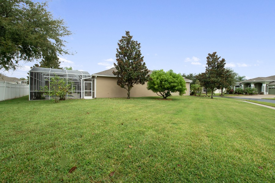 Real Estate Photography - 9945 MOUNTAIN LAKE DRIVE, ORLANDO, FL, 32832 - OVERSIZED CORNER LOT WITH VIEWS OF SCREENED POOL