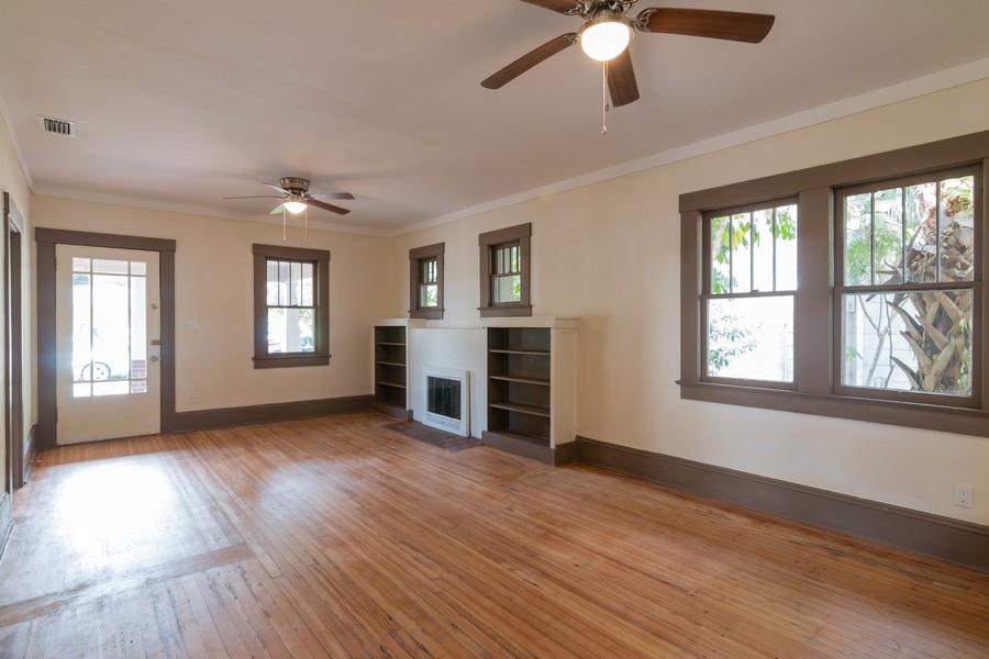 Real Estate Photography - 2562 Loma Linda St., Sarasota, FL, 34239 - Family Room