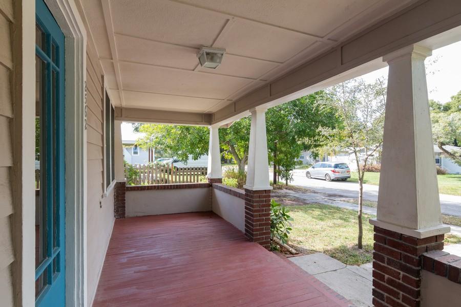 Real Estate Photography - 2562 Loma Linda St., Sarasota, FL, 34239 - Porch