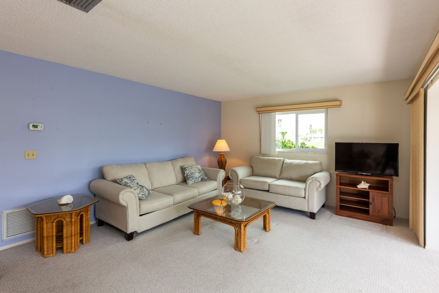 Real Estate Photography - 1783 Lake Pl, 1793-A, Venice, FL, 34292 - Living Room