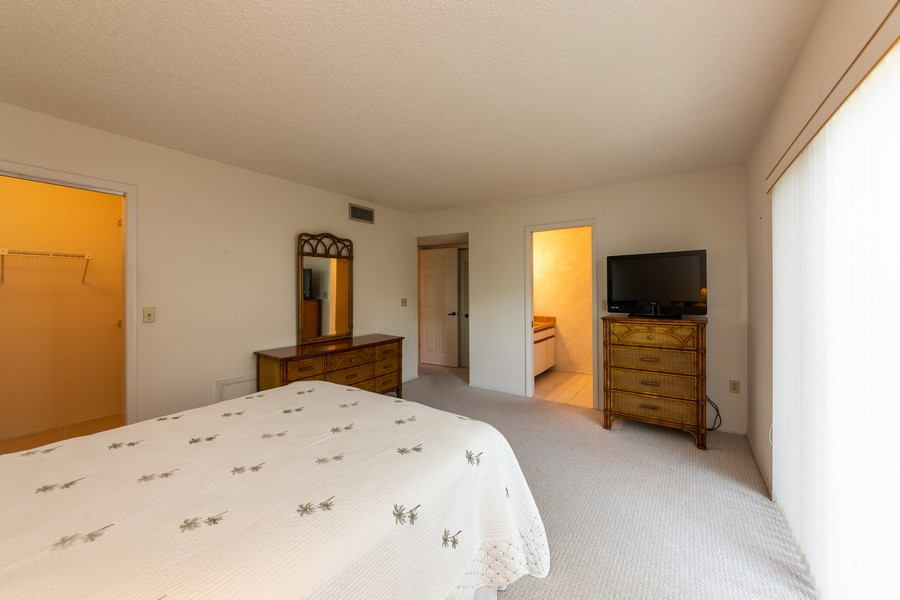 Real Estate Photography - 1783 Lake Pl, 1793-A, Venice, FL, 34292 - Master Bedroom
