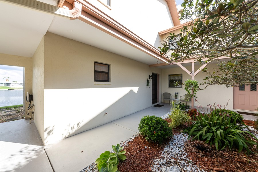 Real Estate Photography - 1783 Lake Pl, 1793-A, Venice, FL, 34292 - Front View