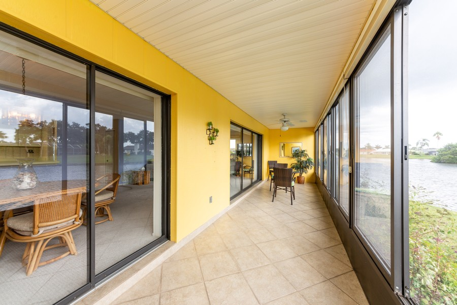 Real Estate Photography - 1783 Lake Pl, 1793-A, Venice, FL, 34292 - Lanai