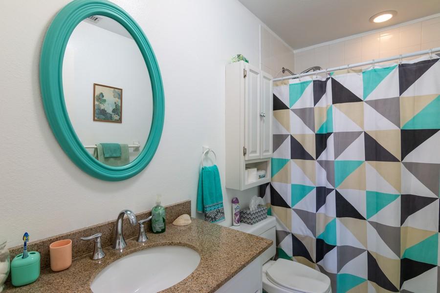 Real Estate Photography - 3607 Longmeadow, 45, Sarasota, FL, 34235 - Master Bathroom
