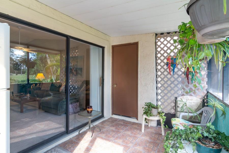 Real Estate Photography - 3607 Longmeadow, 45, Sarasota, FL, 34235 - Lanai