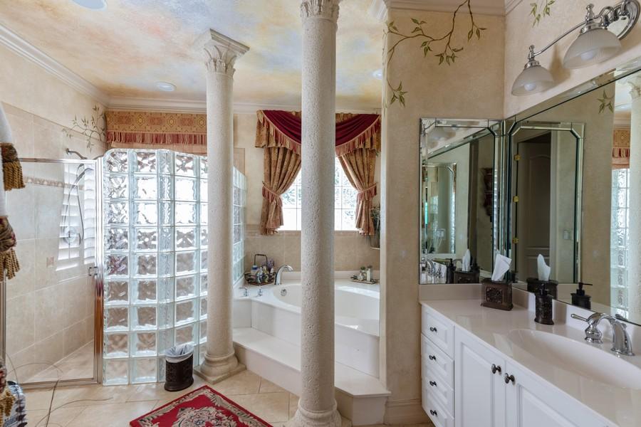 Real Estate Photography - 22 Madison Dr, Naples, FL, 34110 - Master Bathroom