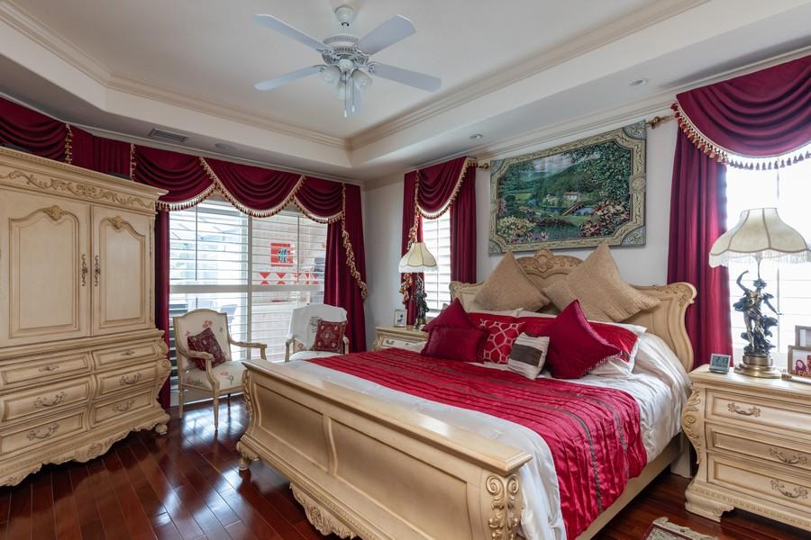 Real Estate Photography - 22 Madison Dr, Naples, FL, 34110 - Master Bedroom
