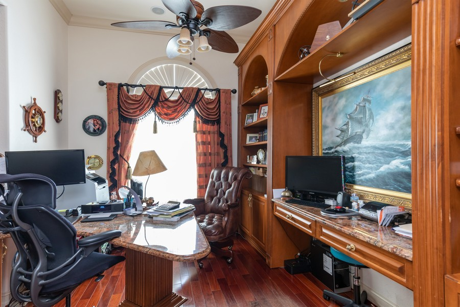 Real Estate Photography - 22 Madison Dr, Naples, FL, 34110 - Office