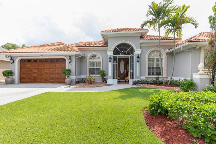 Real Estate Photography - 22 Madison Dr, Naples, FL, 34110 - Front View