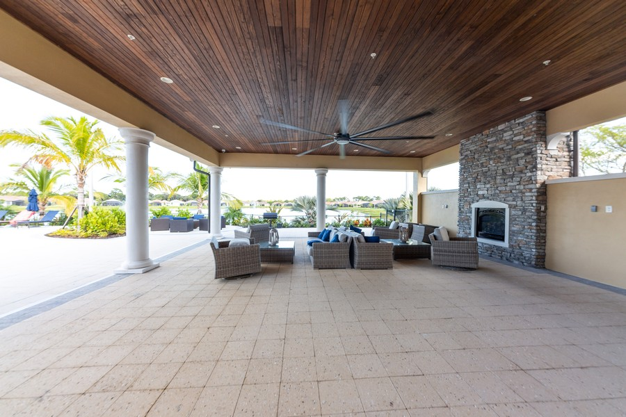 Real Estate Photography - 11660 Tapestry Lane, Venice, FL, 34293 - Veranda