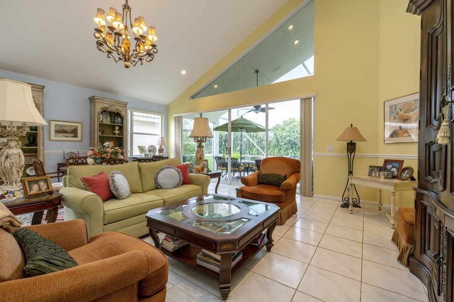 Real Estate Photography - 11877 Fountainside Circle, Boynton Beach, FL, 33437 - Living Room