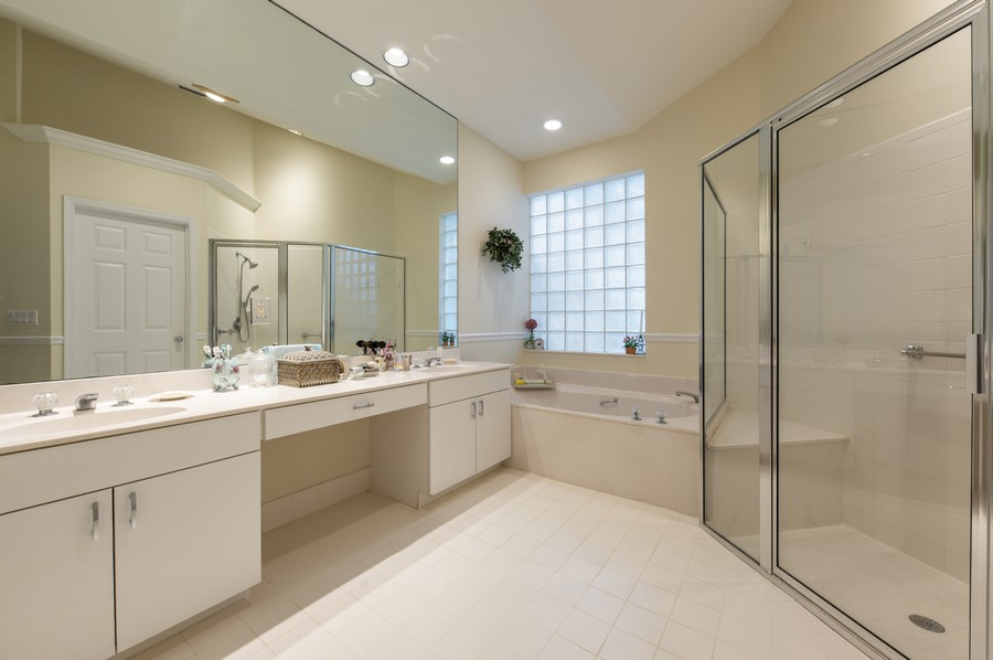 Real Estate Photography - 11877 Fountainside Circle, Boynton Beach, FL, 33437 - Master Bathroom