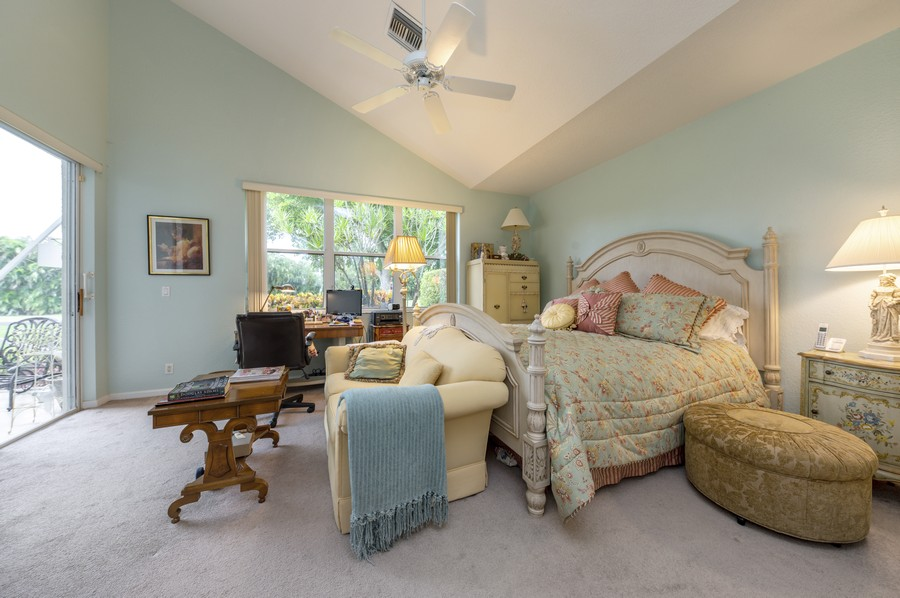 Real Estate Photography - 11877 Fountainside Circle, Boynton Beach, FL, 33437 - Master Bedroom