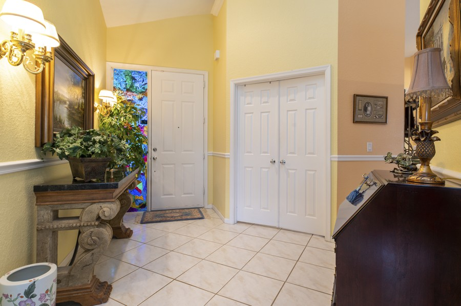 Real Estate Photography - 11877 Fountainside Circle, Boynton Beach, FL, 33437 - Foyer