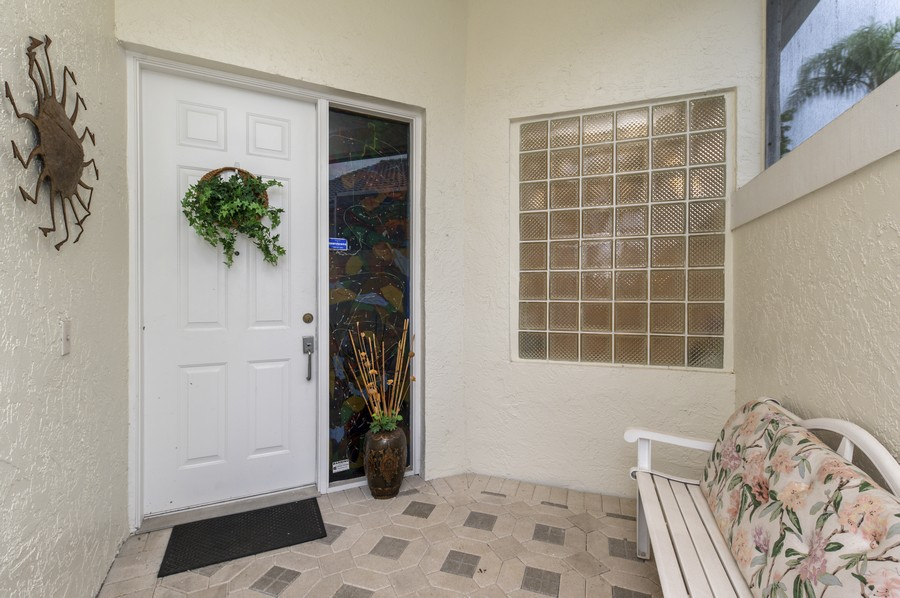 Real Estate Photography - 11877 Fountainside Circle, Boynton Beach, FL, 33437 - Porch