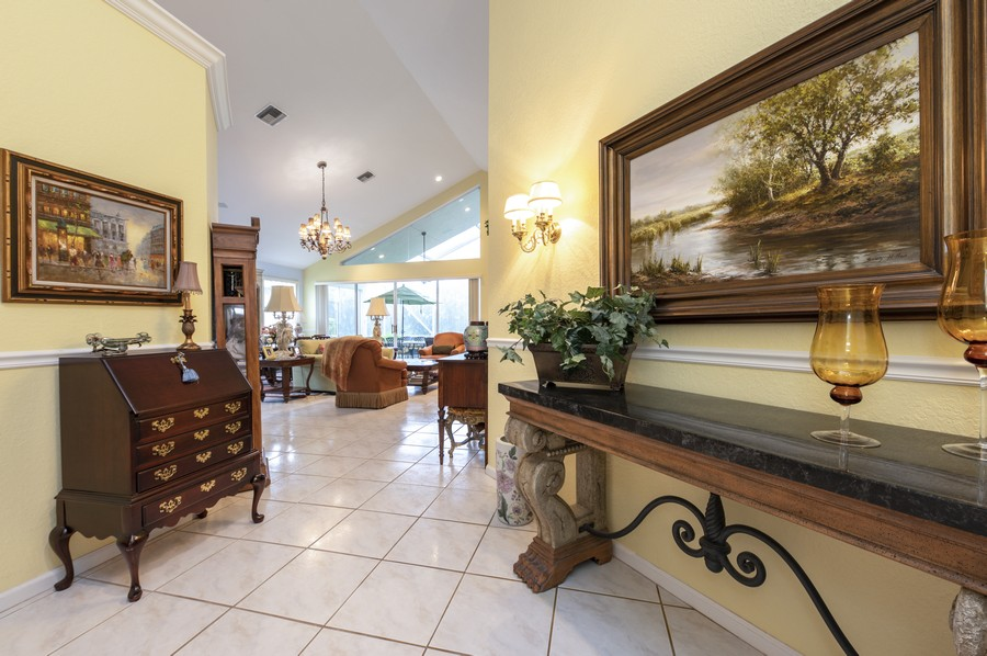 Real Estate Photography - 11877 Fountainside Circle, Boynton Beach, FL, 33437 - Entryway