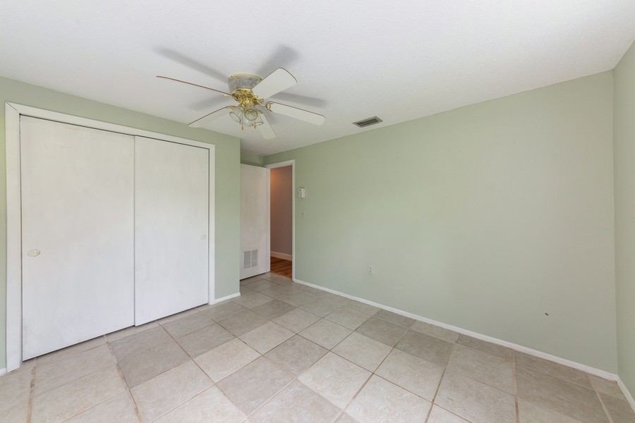 Real Estate Photography - 81 Lee Cir, Englewood, FL, 34223 - 2nd Bedroom
