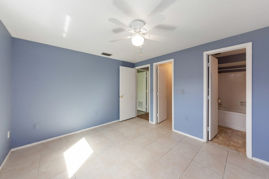Real Estate Photography - 81 Lee Cir, Englewood, FL, 34223 - Master Bedroom