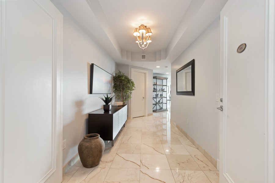 Real Estate Photography - 2845 NE 9th St., Unit 601, Fort Lauderdale, FL, 33304 - Foyer