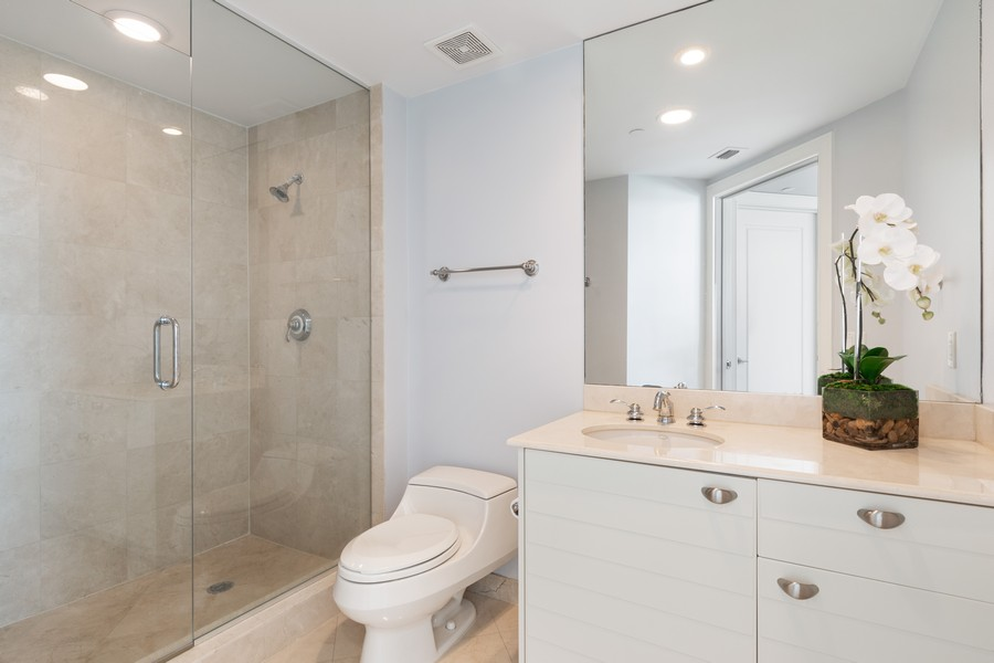 Real Estate Photography - 2845 NE 9th St., Unit 601, Fort Lauderdale, FL, 33304 - 2nd Full Bath