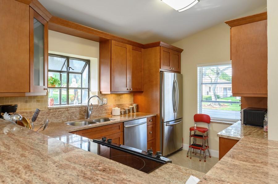 Real Estate Photography - 8092 Sweetbriar Way, Boca Raton, FL, 33496 - Kitchen