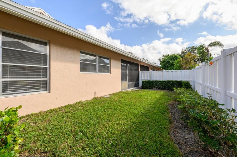 Real Estate Photography - 8092 Sweetbriar Way, Boca Raton, FL, 33496 - Back Yard