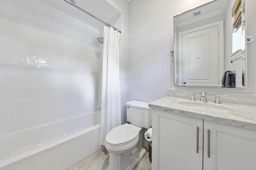 Real Estate Photography - 135 N Cannery Row Circle, Delray Beach, FL, 33444 - Bathroom
