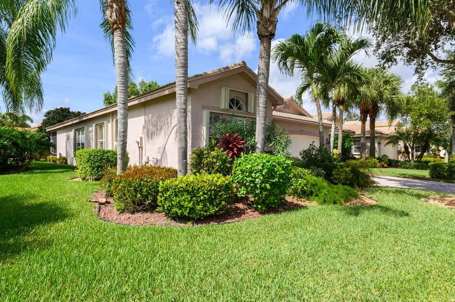 Real Estate Photography - 7581 Lake Harbor Terrace, Lake Worth, FL, 33467 - Side View