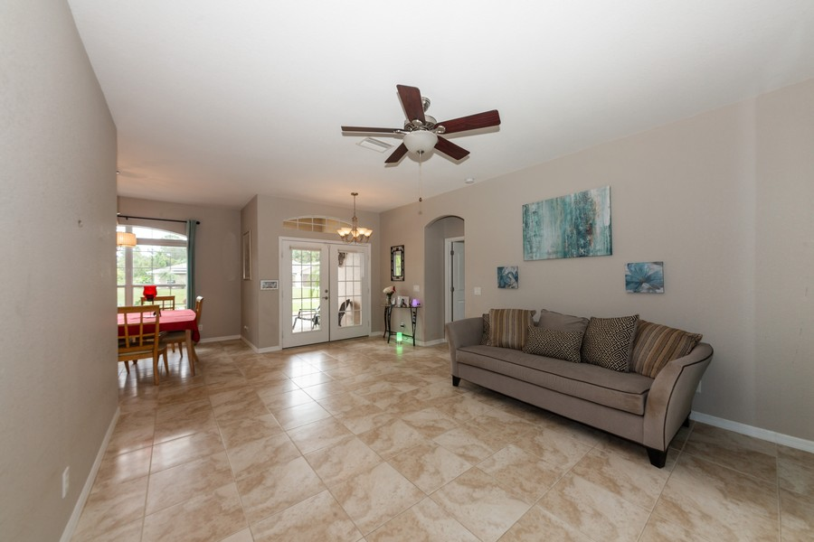 Real Estate Photography - 3475 Lotus Rd, North Port, FL, 34291 - Great Room