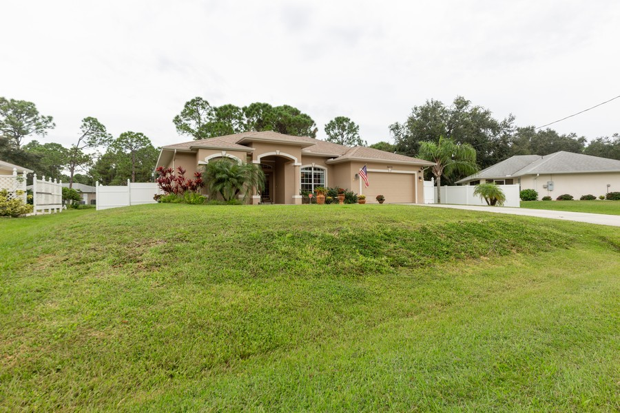 Real Estate Photography - 3475 Lotus Rd, North Port, FL, 34291 - Front View