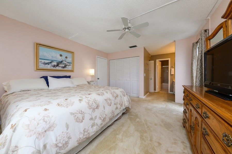 Real Estate Photography - 5912 Via Delray, B, Delray Beach, FL, 33484 - Master Bedroom