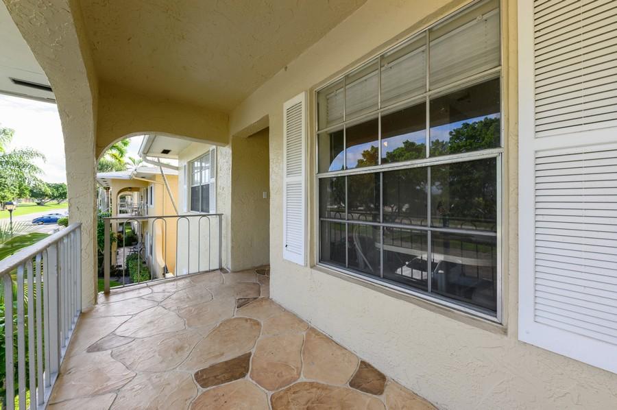 Real Estate Photography - 5912 Via Delray, B, Delray Beach, FL, 33484 - Entrance