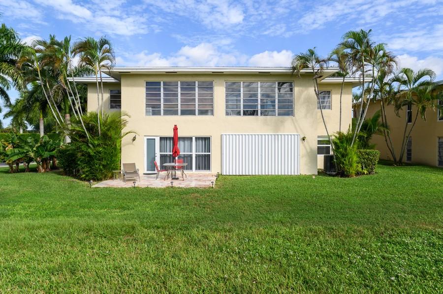 Real Estate Photography - 5912 Via Delray, B, Delray Beach, FL, 33484 - Rear View