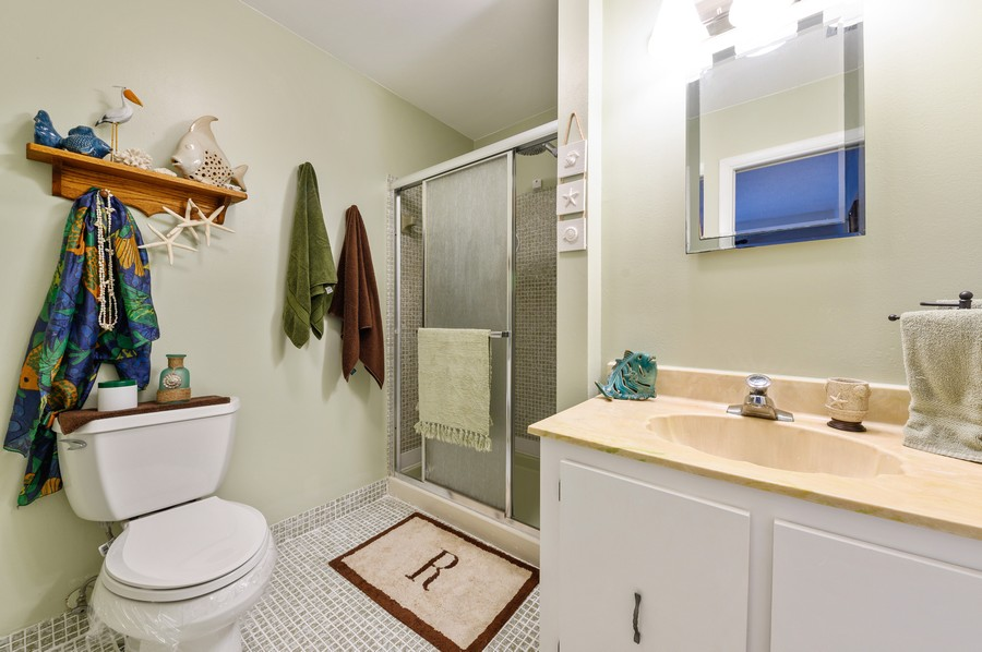 Real Estate Photography - 5912 Via Delray, B, Delray Beach, FL, 33484 - Bathroom