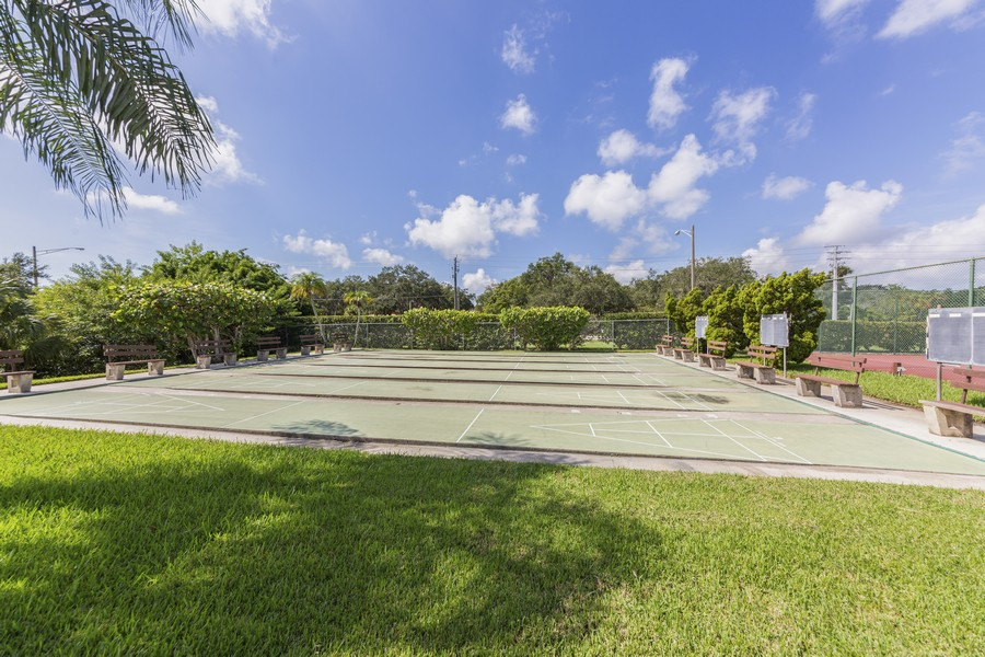 Real Estate Photography - 1410 57th Street West, Bradenton, FL, 34209 - Recreational Area