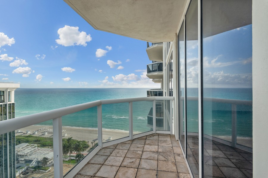Real Estate Photography - 4779 Collins Ave., Unit 2007, Miami Beach, FL, 33140 - Terrace 2