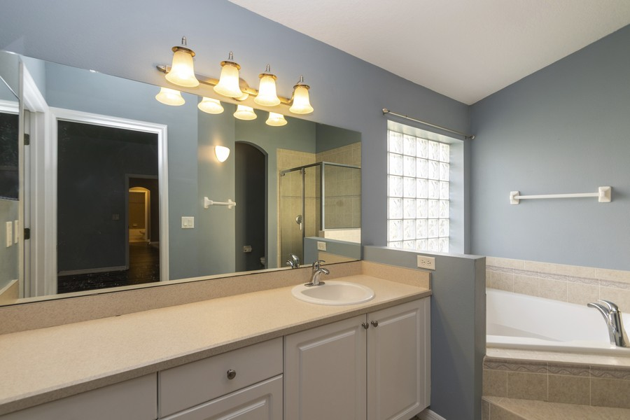 Real Estate Photography - 140 Red Maple Burl Cir, Debary, FL, 32713 - Master Bathroom