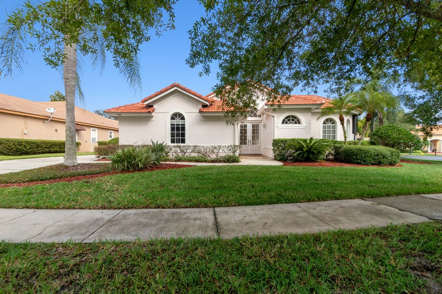 Real Estate Photography - 1569 Westover Loop, Lake Mary, FL, 32746 - Front View