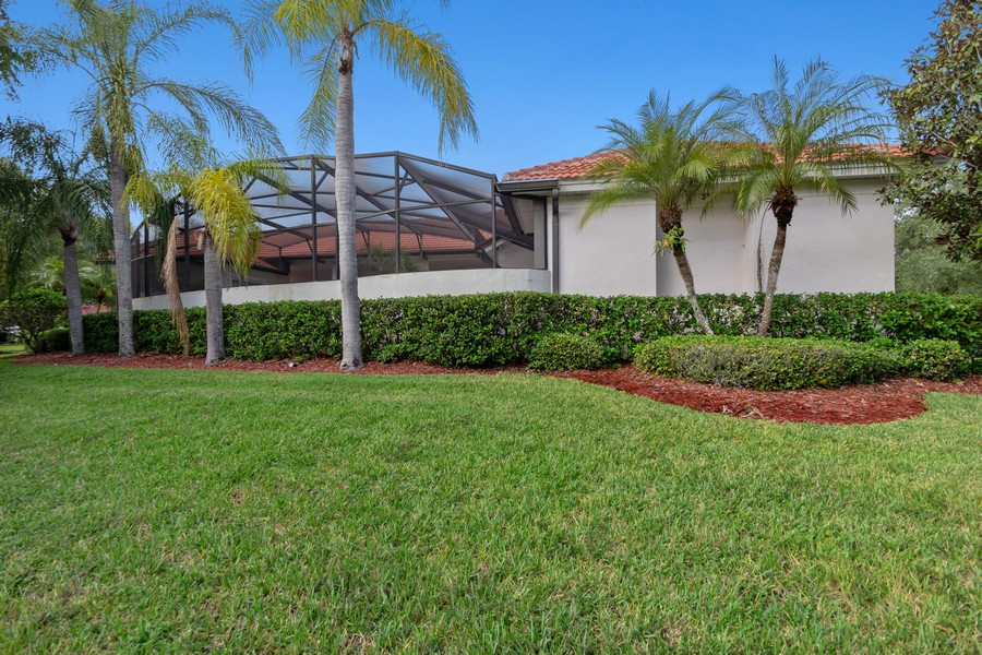 Real Estate Photography - 1569 Westover Loop, Lake Mary, FL, 32746 - Side View