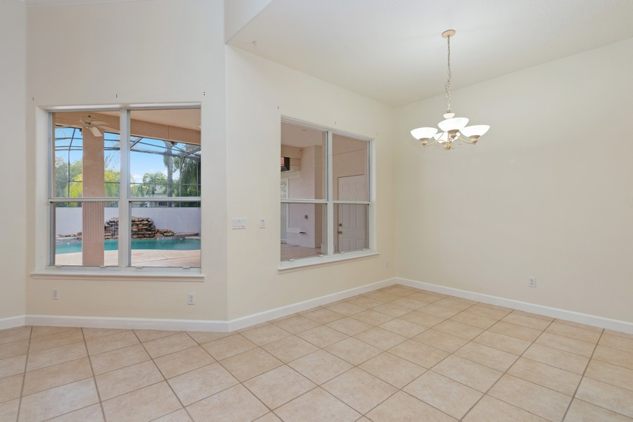 Real Estate Photography - 1569 Westover Loop, Lake Mary, FL, 32746 - Breakfast Nook