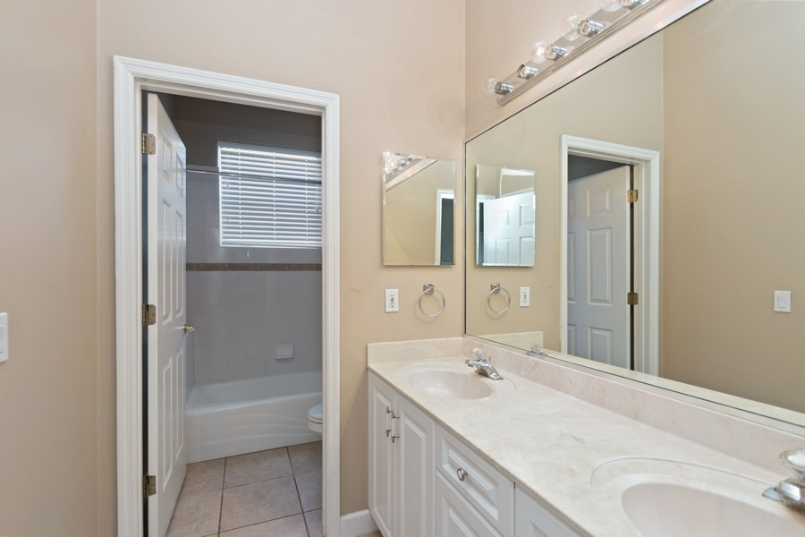 Real Estate Photography - 1569 Westover Loop, Lake Mary, FL, 32746 - 2nd Bathroom
