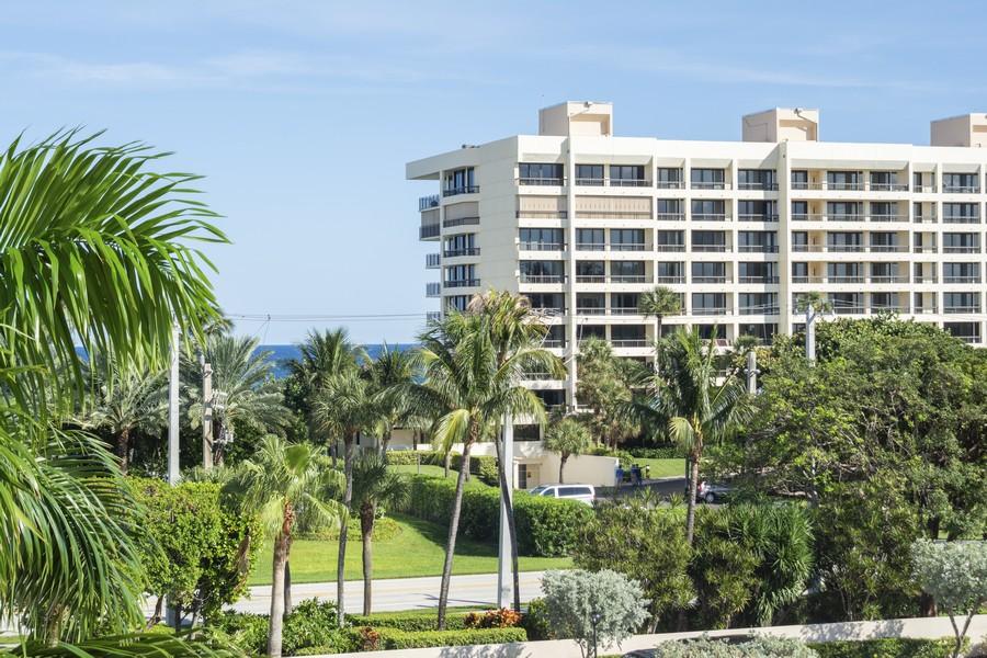 Real Estate Photography - 1401 S Ocean Blvd, #403, Boca Raton, FL, 33432 - View