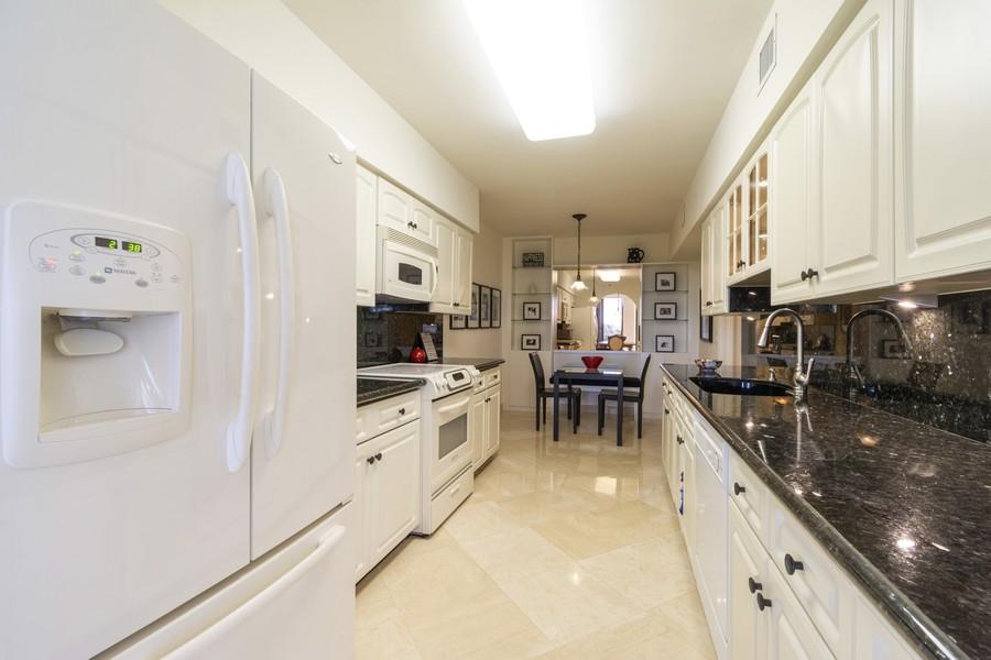 Real Estate Photography - 1401 S Ocean Blvd, #403, Boca Raton, FL, 33432 - Kitchen
