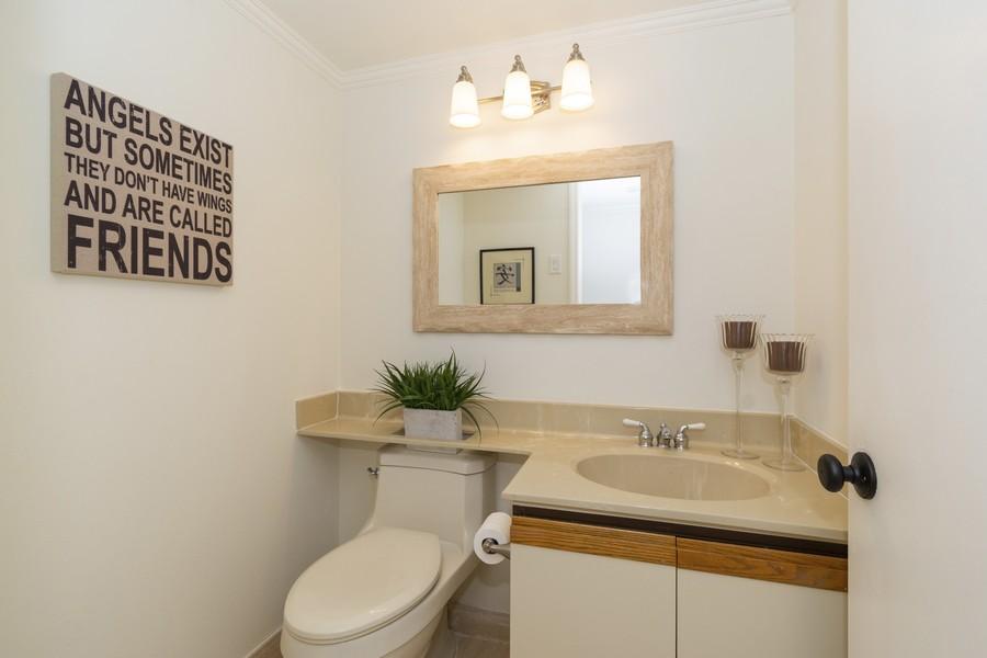Real Estate Photography - 1401 S Ocean Blvd, #403, Boca Raton, FL, 33432 - Half Bath