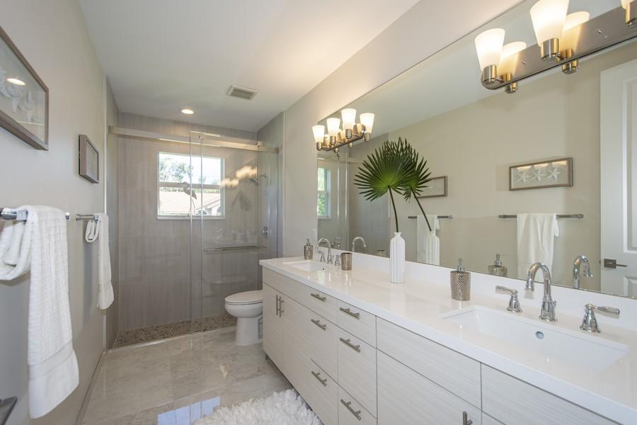 Real Estate Photography - 12100 NW 27th Street, Plantation, FL, 33323 - 3rd Bathroom