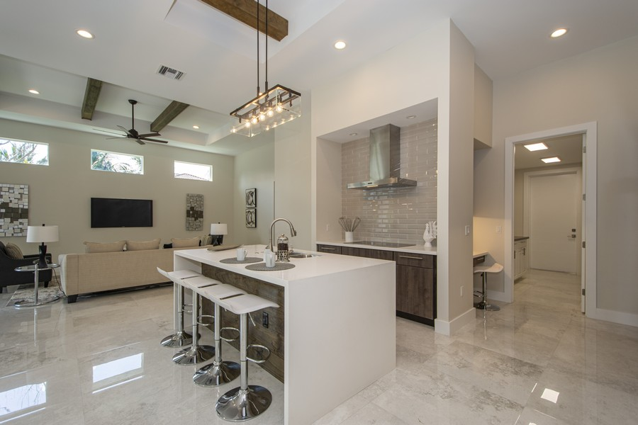 Real Estate Photography - 12100 NW 27th Street, Plantation, FL, 33323 - Kitchen